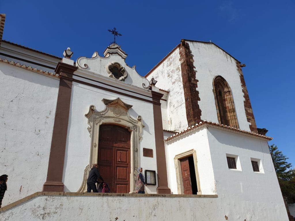 Exterior da Catedral de Silves.