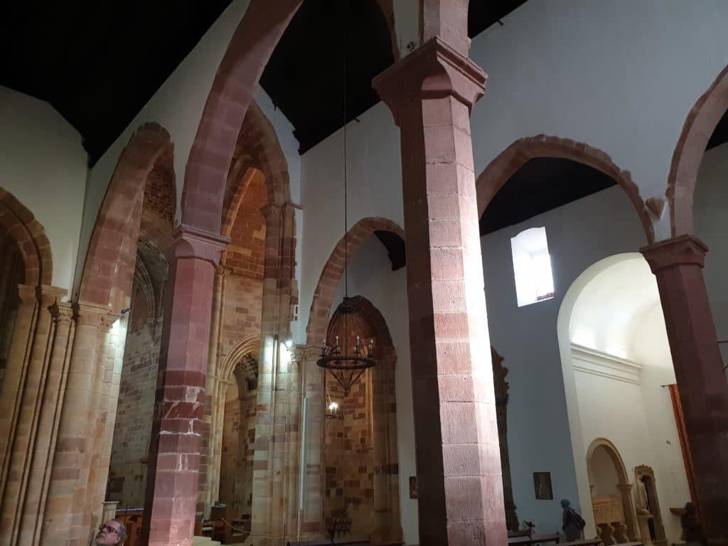Colunas da catedral.