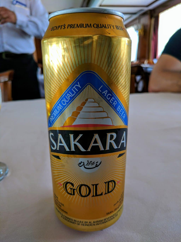 Lata de cerveja egípcia Sakara.
