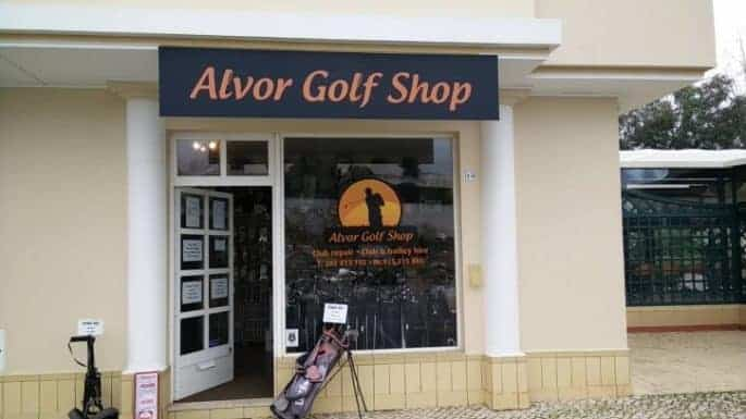 Alvor Golf Shop: front of the store.