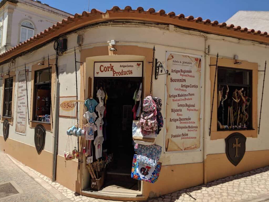 Front of the shop Ana & Joana